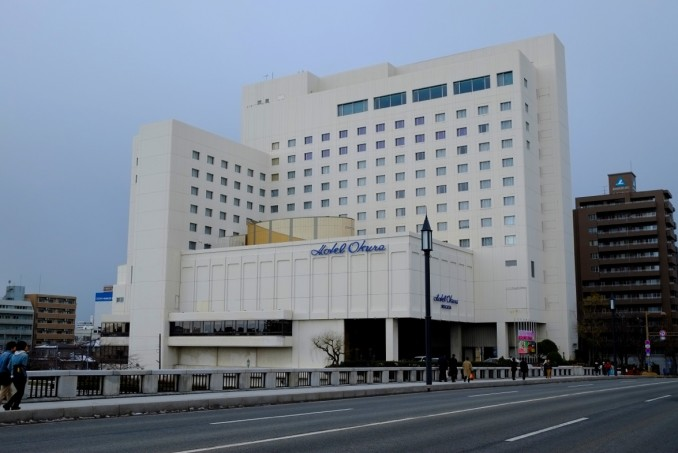 例年と趣向を変え、ホテルオークラでの開催