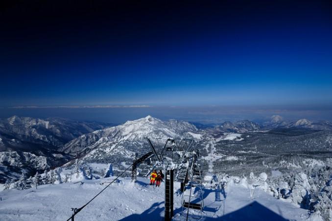 山頂からの景色。(桑名病院長谷川仁先生撮影)