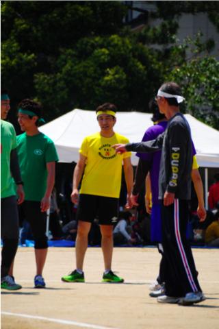 斉藤医局長。 卸したてのシューズが素敵です。 このあと、リレー&マラソンに大活躍。