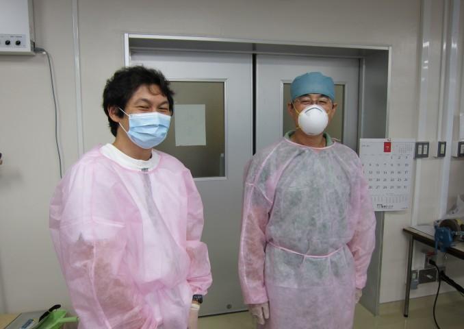 多くのマネージメントを頂いた源川医療機器の中原さん(左)、相馬さん(右)。常日頃の手術も本当にサポート頂いています。