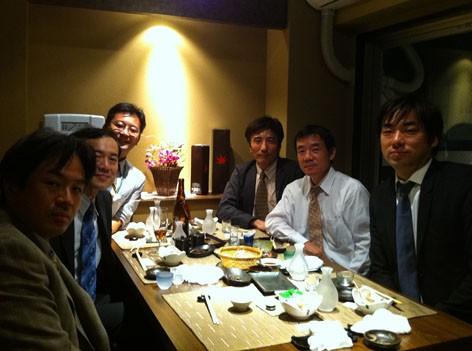 新潟のおいしいお酒を片っ端からご賞味頂きました。(於、新潟古町「わびや」)